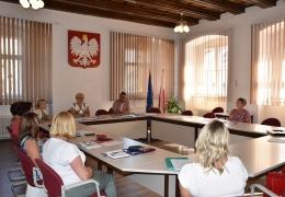 Dyrektorzy Szkół i Przedszkoli na spotkaniu z Burmistrzem