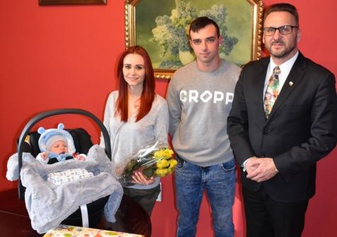 Burmistrz powitał nowego mieszkańca Lubska!